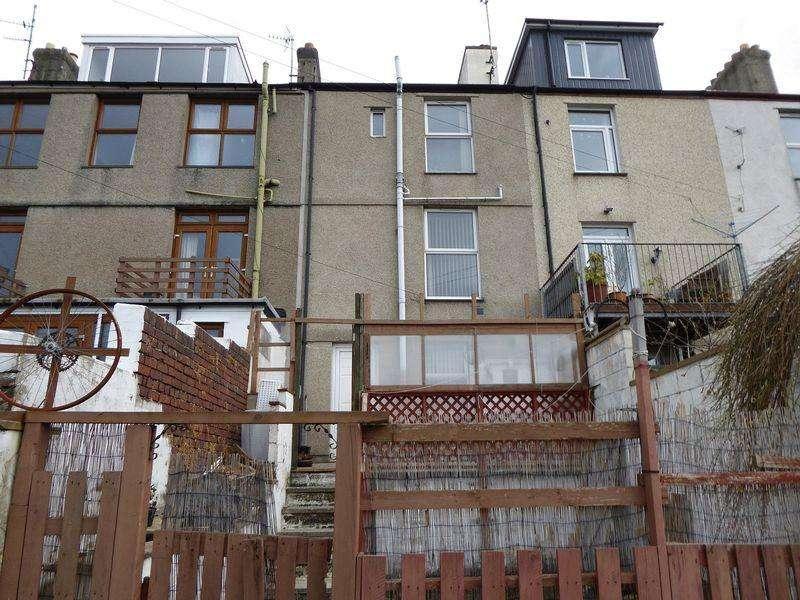 4 Bedrooms Terraced House for sale in Y Felinheli