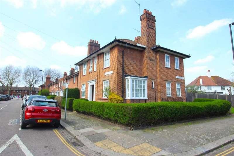 2 Bedrooms House for sale in Morteyne Road, London