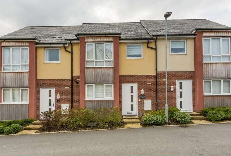 3 Bedrooms Terraced House for sale in Y Bae, Bangor, North Wales