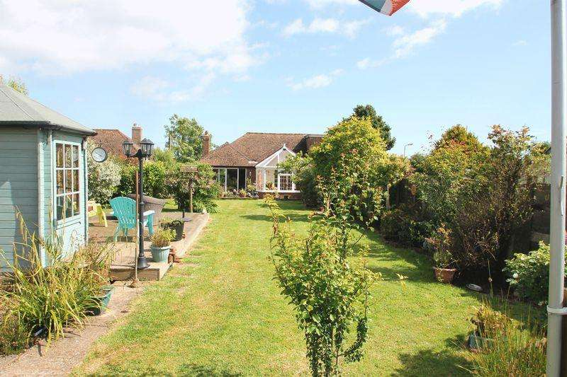 3 Bedrooms Semi Detached House for sale in West Hougham, Dover
