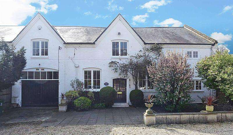 5 Bedrooms House for sale in An English Country Garden
