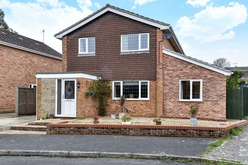 4 Bedrooms Property for sale in Hambledon Gardens, Blandford Forum