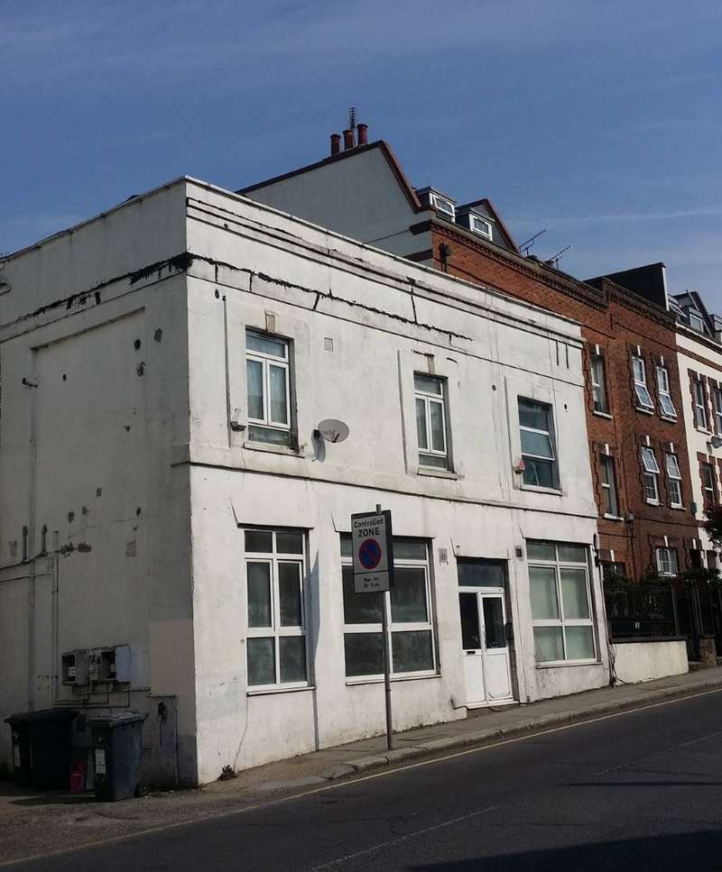 Flat for sale in Station Road, Hendon, London, NW4 4PN