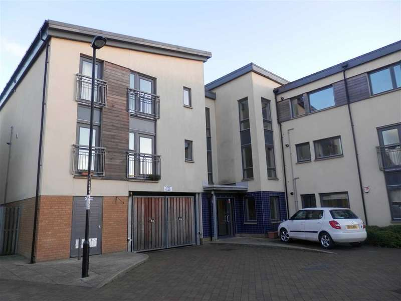 2 Bedrooms Apartment Flat for sale in Hursley Walk, Newcaslte upon Tyne