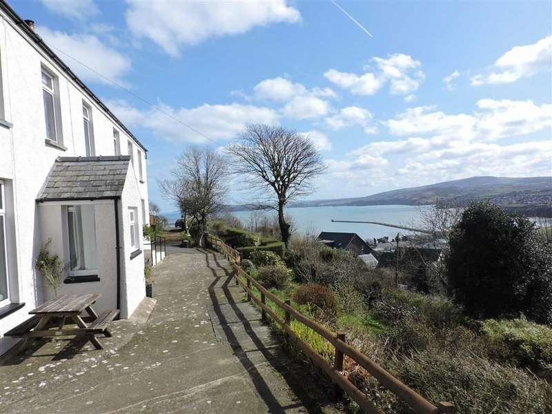 4 Bedrooms Detached House for sale in Goodwick