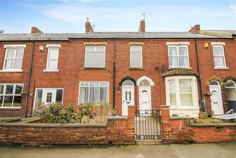 2 Bedrooms Flat for sale in Laurel Terrace, Whitley Bay, Tyne And Wear