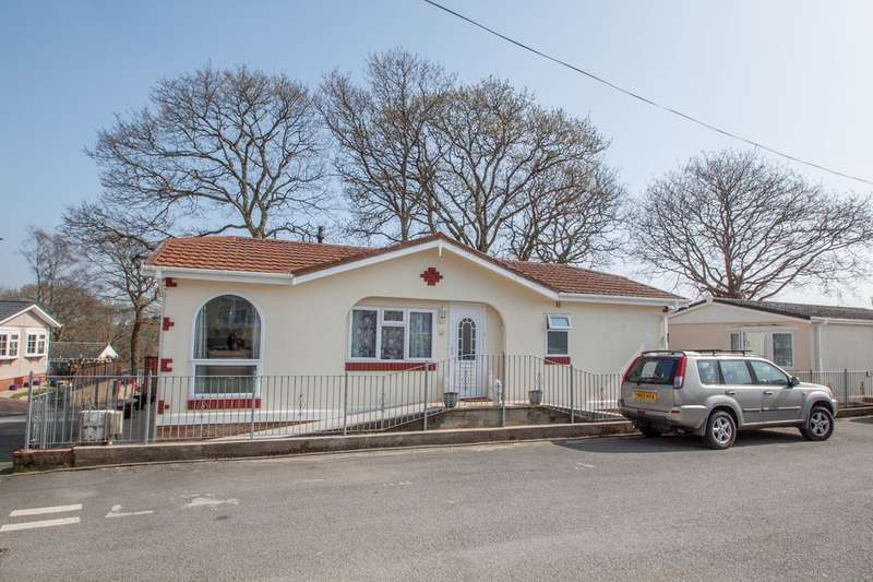 2 Bedrooms Detached Bungalow for sale in Glenholt Park, Plymouth