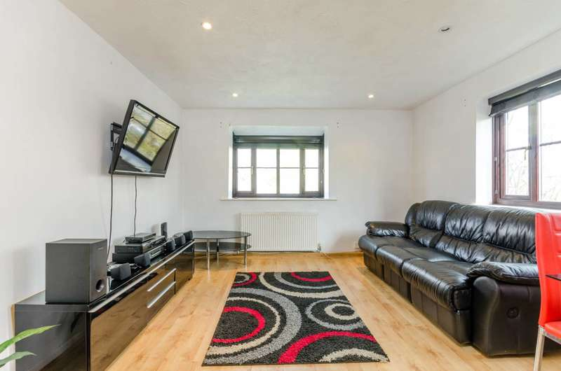 2 Bedrooms Flat for sale in Spring Grove, Mitcham, CR4