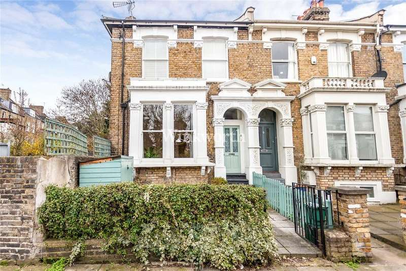 2 Bedrooms Flat for sale in Coningsby Road, London, N4