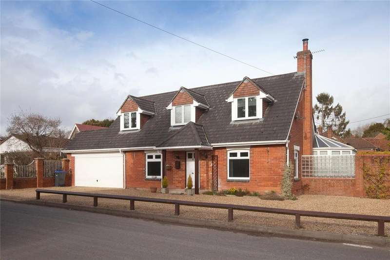 4 Bedrooms Detached Bungalow for sale in Livery Road, Winterslow, Salisbury