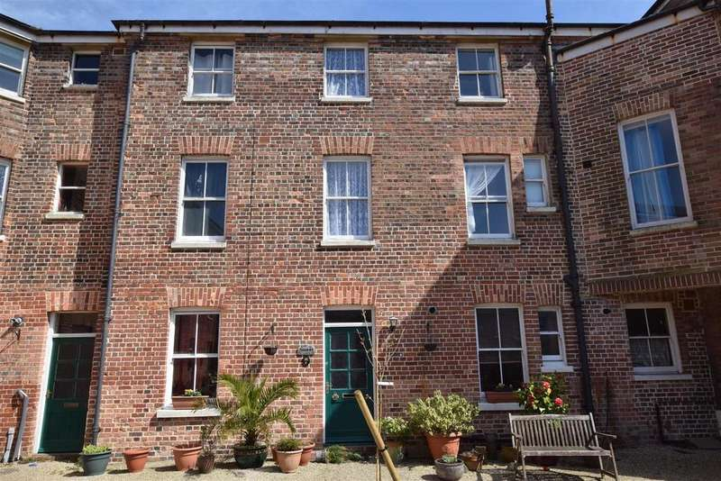 5 Bedrooms Terraced House for sale in Speckled Wood, Hastings