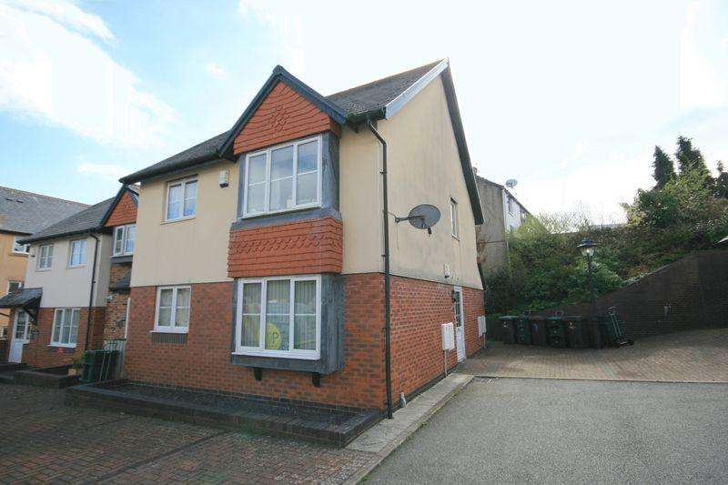 2 Bedrooms Apartment Flat for sale in Apartment 7, Pentre Wech, Conwy, LL32 8NT