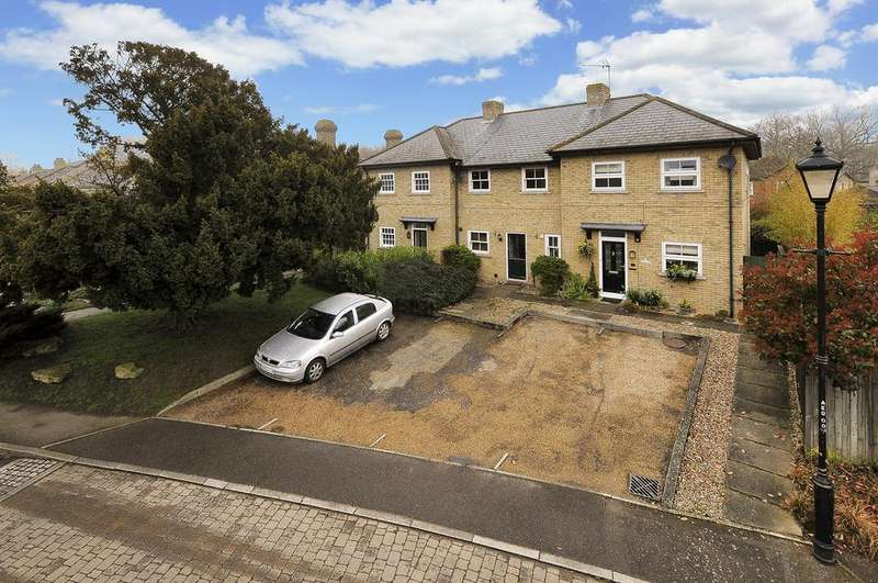 3 Bedrooms Terraced House for sale in Dove Close, Canterbury Fields, Herne Bay, Kent