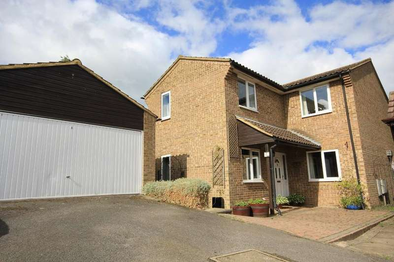 4 Bedrooms Detached House for sale in Thame | Oxfordshire