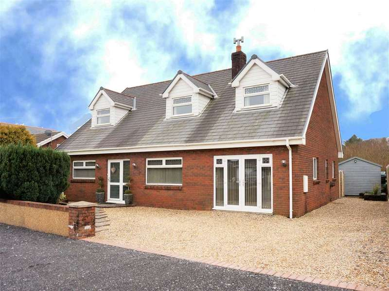 4 Bedrooms Detached Bungalow for sale in Gaiman, Singleton Road, UPPER TUMBLE, Llanelli