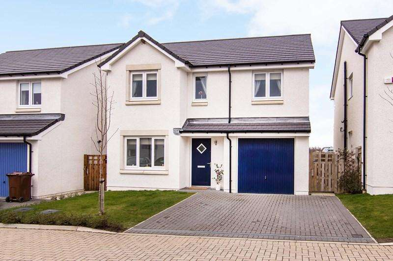4 Bedrooms Property for sale in 45 Rowan Walk, East Calder, Livingston, West Lothian, EH53 0HL