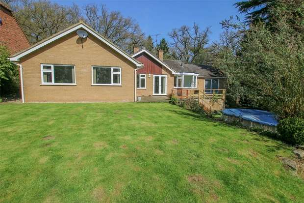 5 Bedrooms Detached Bungalow for sale in White Willows, Leziate