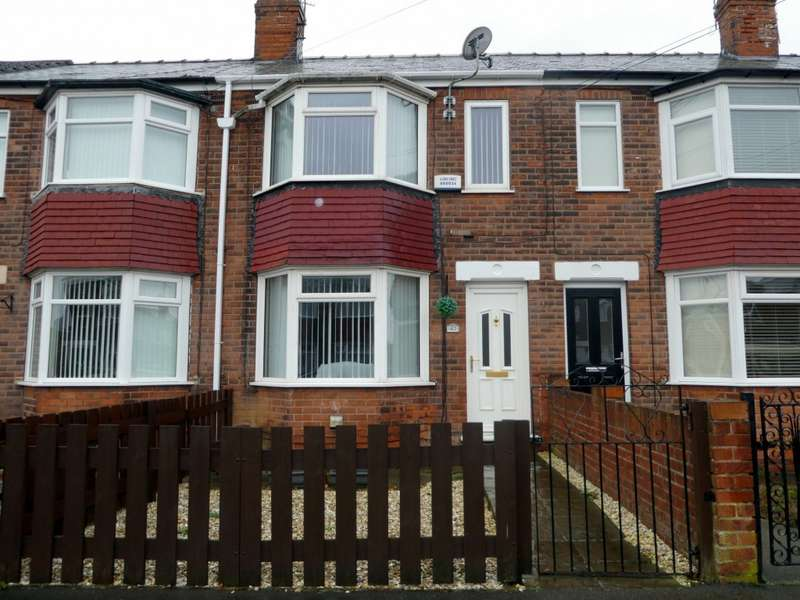 3 Bedrooms Terraced House for sale in Brendon Avenue, Hull, HU8