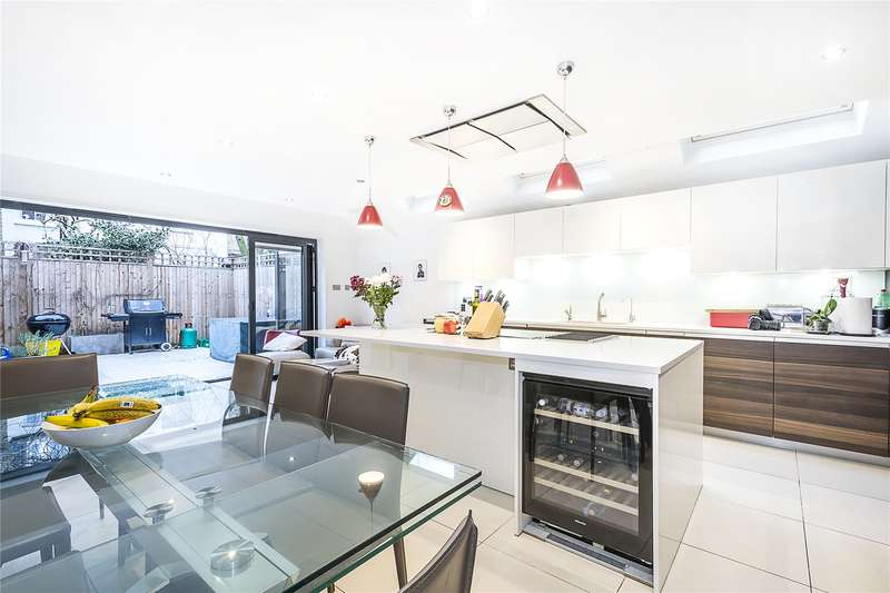 5 Bedrooms Terraced House for sale in Bowood Road, London, SW11