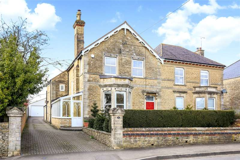 4 Bedrooms Semi Detached House for sale in Cirencester Road, Tetbury, Gloucestershire, GL8