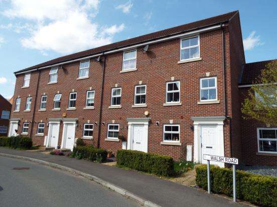 4 Bedrooms Terraced House for sale in Bramley, Tadley, Hampshire