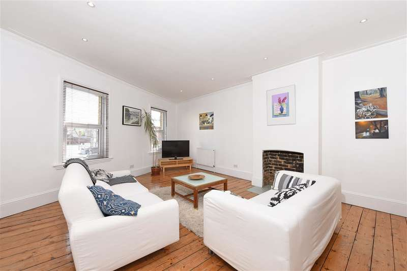 2 Bedrooms Maisonette Flat for sale in Garratt Lane, Earlsfield