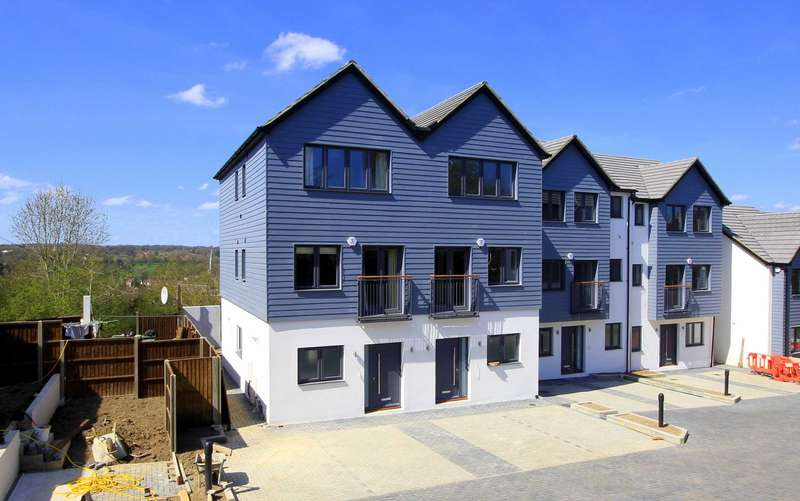 4 Bedrooms House for sale in PLOT 2 - HOUSE TYPE A1 - SHOW HOME NOW OPEN - `PARK VIEW RISE`