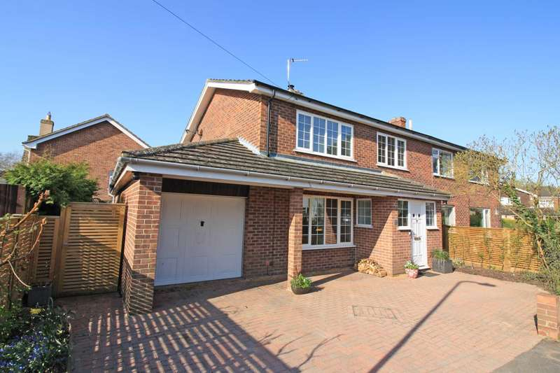 3 Bedrooms Semi Detached House for sale in Paddock Close, Benson