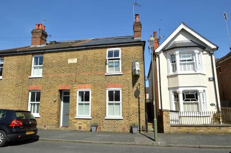 3 Bedrooms House for sale in Glencoe Road, Weybridge KT13