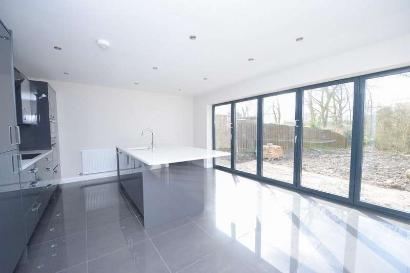 4 Bedrooms Detached House for sale in Plot 3, Plover Wood View, Westmoor Road