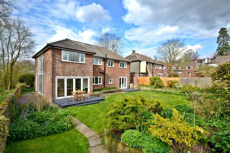 5 Bedrooms Detached House for sale in Saxon Way, Saffron Walden