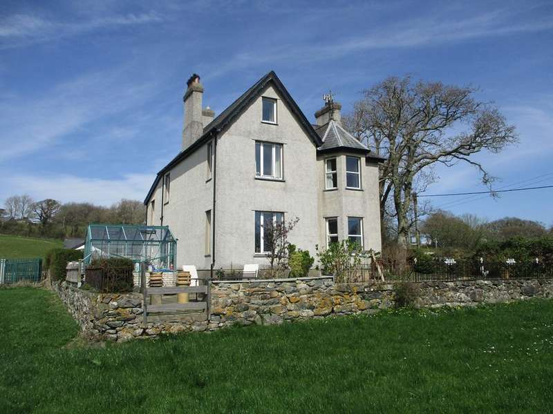 7 Bedrooms Detached House for sale in Dwyfor, Llanystumdwy, Criccieth LL52