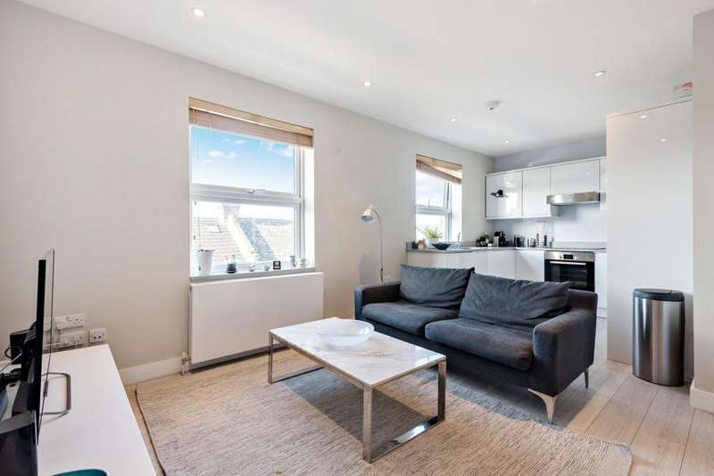 1 Bedroom Flat for sale in Salisbury Pavement, Dawes Road, Fulham