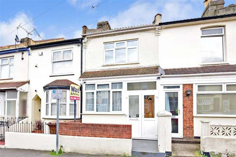 3 Bedrooms Terraced House for sale in Chaucer Road, Gillingham, Kent