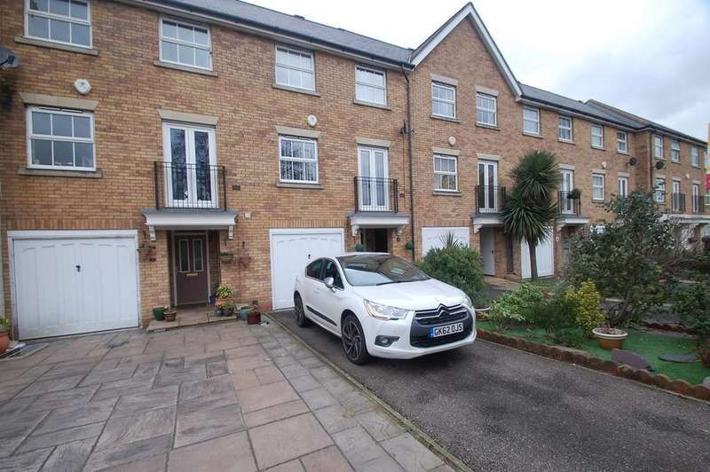 4 Bedrooms Town House for sale in Hotel Road, Gillingham, ME8