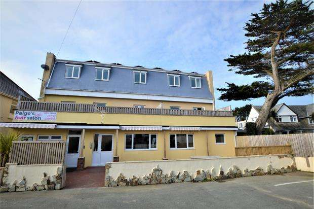 2 Bedrooms Flat for sale in Rumours Apartments, Henver Road, Newquay, Cornwall