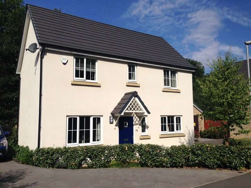 3 Bedrooms Detached House for sale in Cocksfoot Drive, Mossley, Ashton-under-lyne, Lancashire, OL5