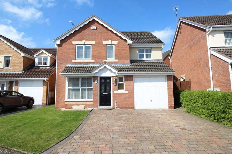 4 Bedrooms Detached House for sale in Primrose Drive, Bedworth, CV12