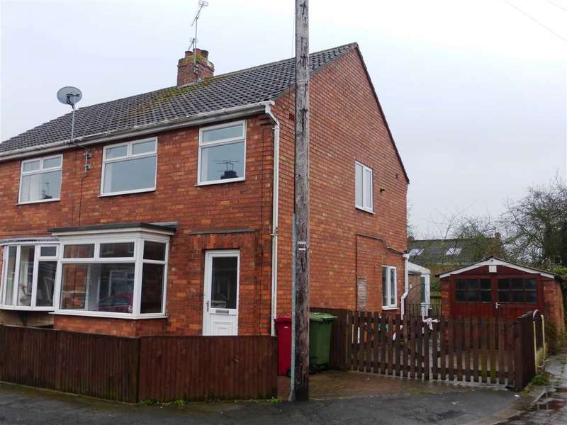 3 Bedrooms Semi Detached House for sale in Woollin Avenue, Scunthorpe