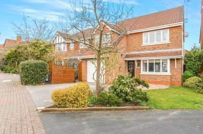 4 Bedrooms Detached House for sale in Pinners Fold, Norton, Runcorn, Cheshire, WA7