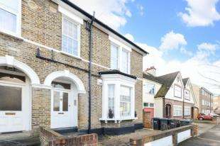 1 Bedroom Flat for sale in Clarence Road, Croydon, Surrey