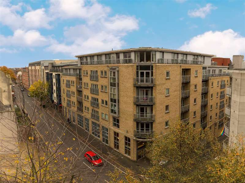 1 Bedroom Flat for sale in Montague Street, Bristol