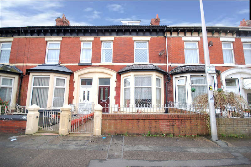 5 Bedrooms Terraced House for sale in St Heliers Road, Blackpool