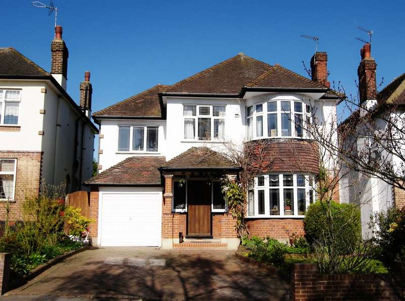 4 Bedrooms Detached House for sale in Princes Avenue, Woodford Green