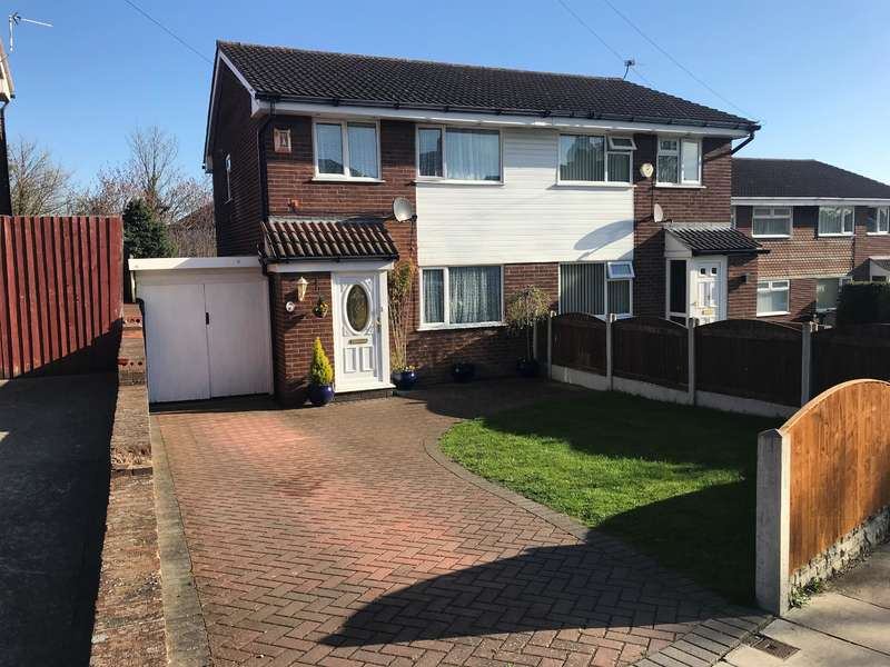 3 Bedrooms Semi Detached House for sale in Lloyd Drive, Greasby, CH49 1TB