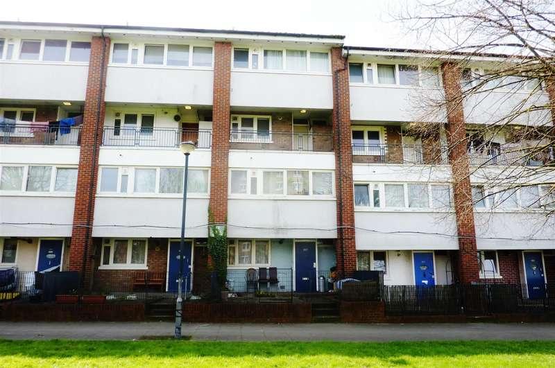 3 Bedrooms Maisonette Flat for sale in Villas Road, London, SE18 7PP