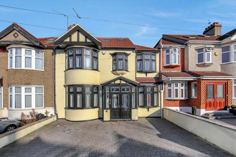 6 Bedrooms Terraced House for sale in Lakeside Avenue, london IG4