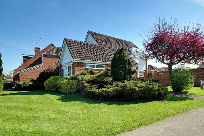 3 Bedrooms Detached House for sale in Fosters Lane, Woodley, Reading, Berkshire, RG5