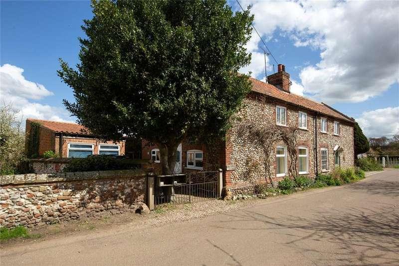 3 Bedrooms Semi Detached House for sale in Creake Road, Burnham Thorpe, King's Lynn, Norfolk, PE31