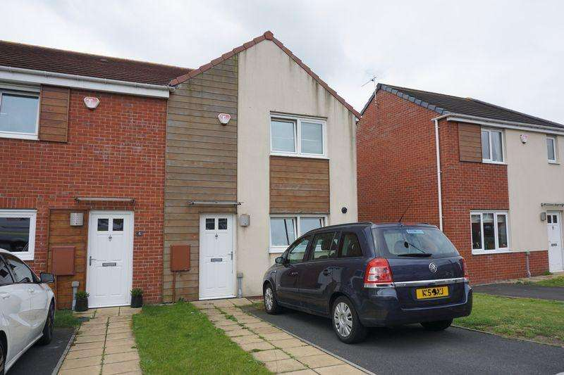 3 Bedrooms Semi Detached House for rent in White Swan Close, Killingworth